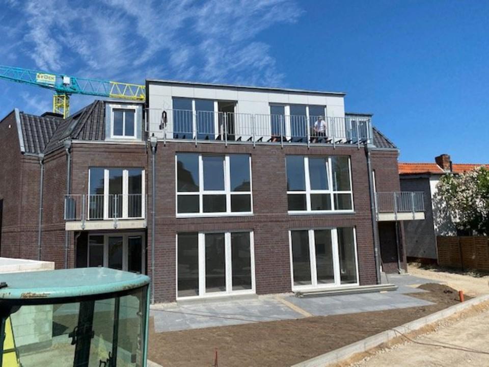 Hofansicht-Balkone-Terrassen