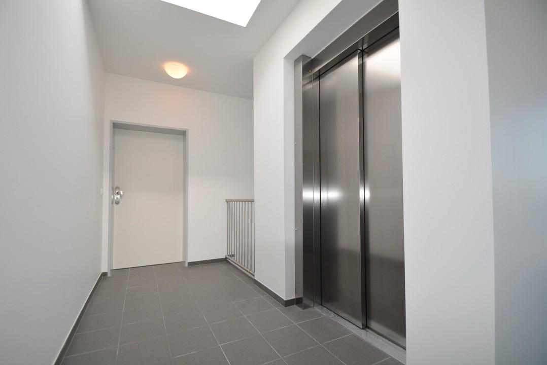 Wohnungseingang/Fahrstuhl
